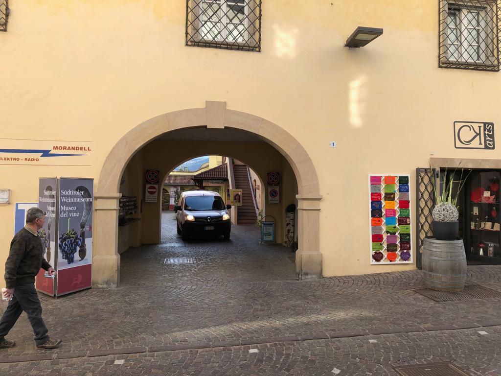 Attività / Licenza in vendita a Caldaro sulla Strada del Vino, 9999 locali, zona Località: Caldaro, prezzo € 400.000 | PortaleAgenzieImmobiliari.it