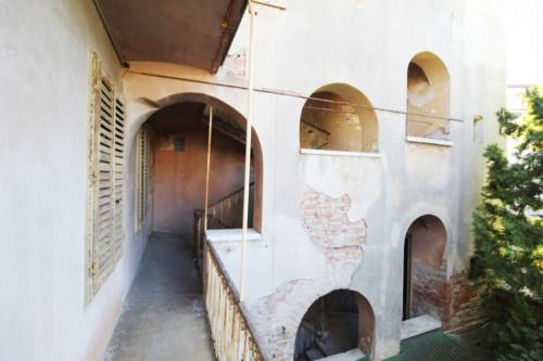 Bifamiliare / stabile intero in Vendita a Gorizia