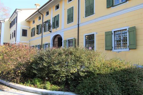 Attività commerciale in Affitto a Gorizia