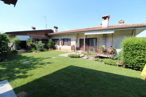 Villa in Vendita a San Floriano del Collio