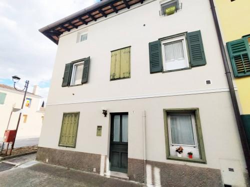 Casa in linea in Vendita a San Lorenzo Isontino