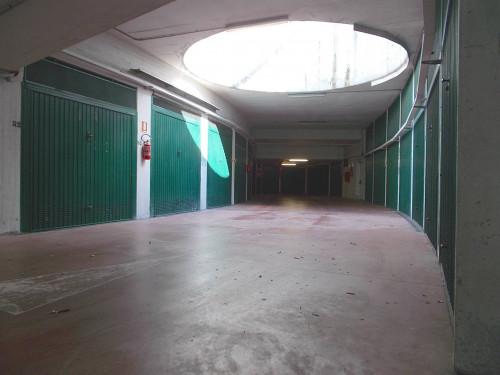 Box o garage in Vendita a Bologna