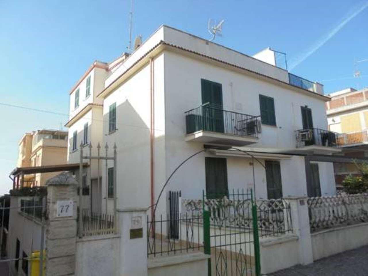 Apartment for Sale to Pomezia