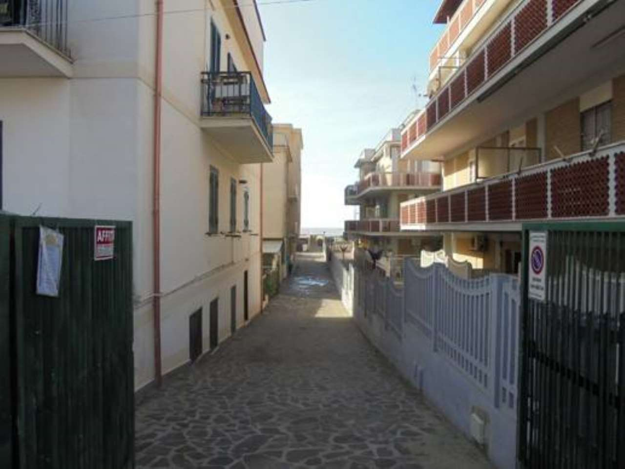 Apartment for Sale to Pomezia