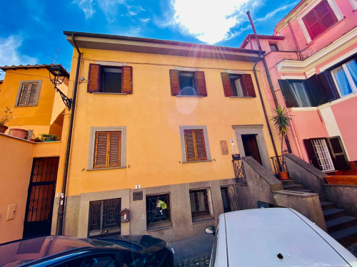 Office for Rent to Albano Laziale