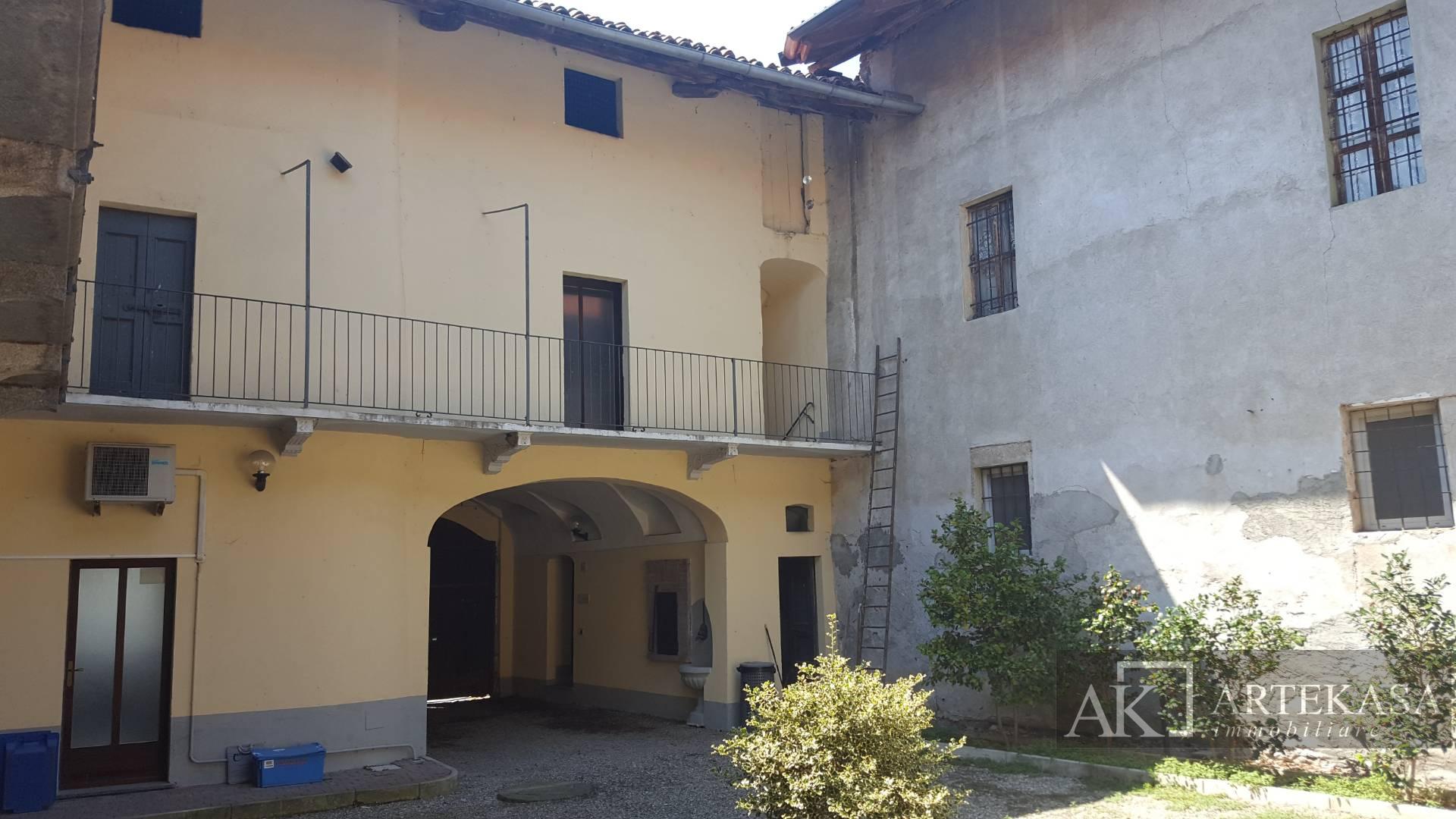 Palazzo/stabile Sillavengo