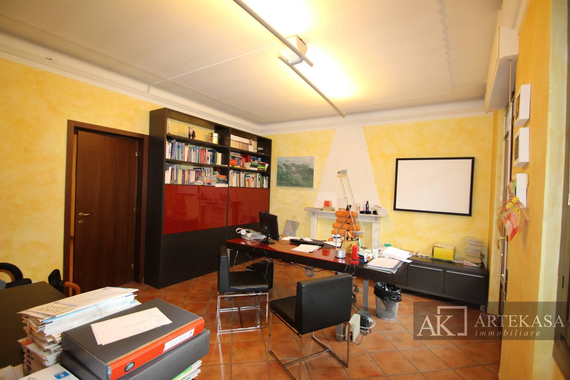 Studio/ufficio Cameri