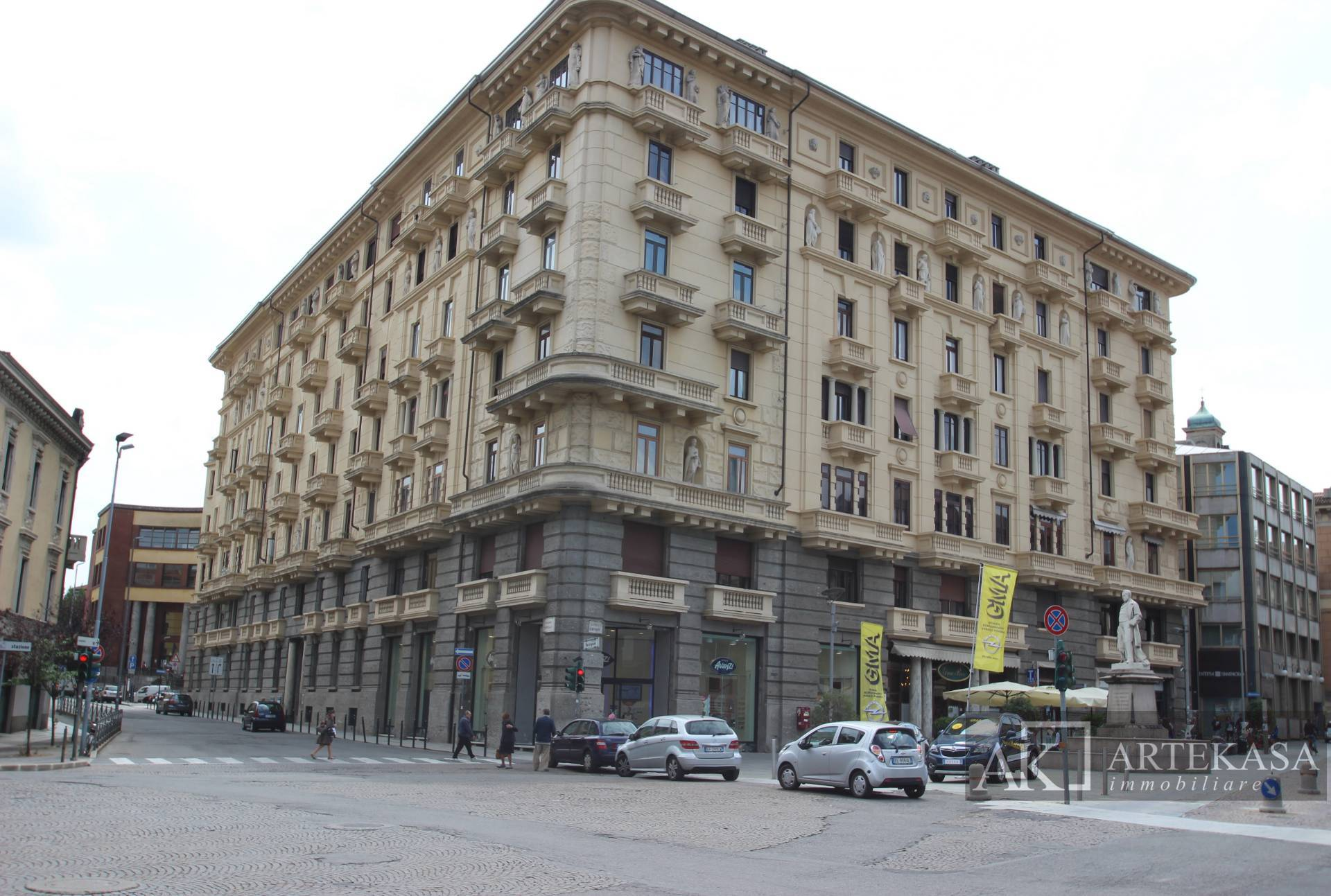 4 Locali Novara - Centro