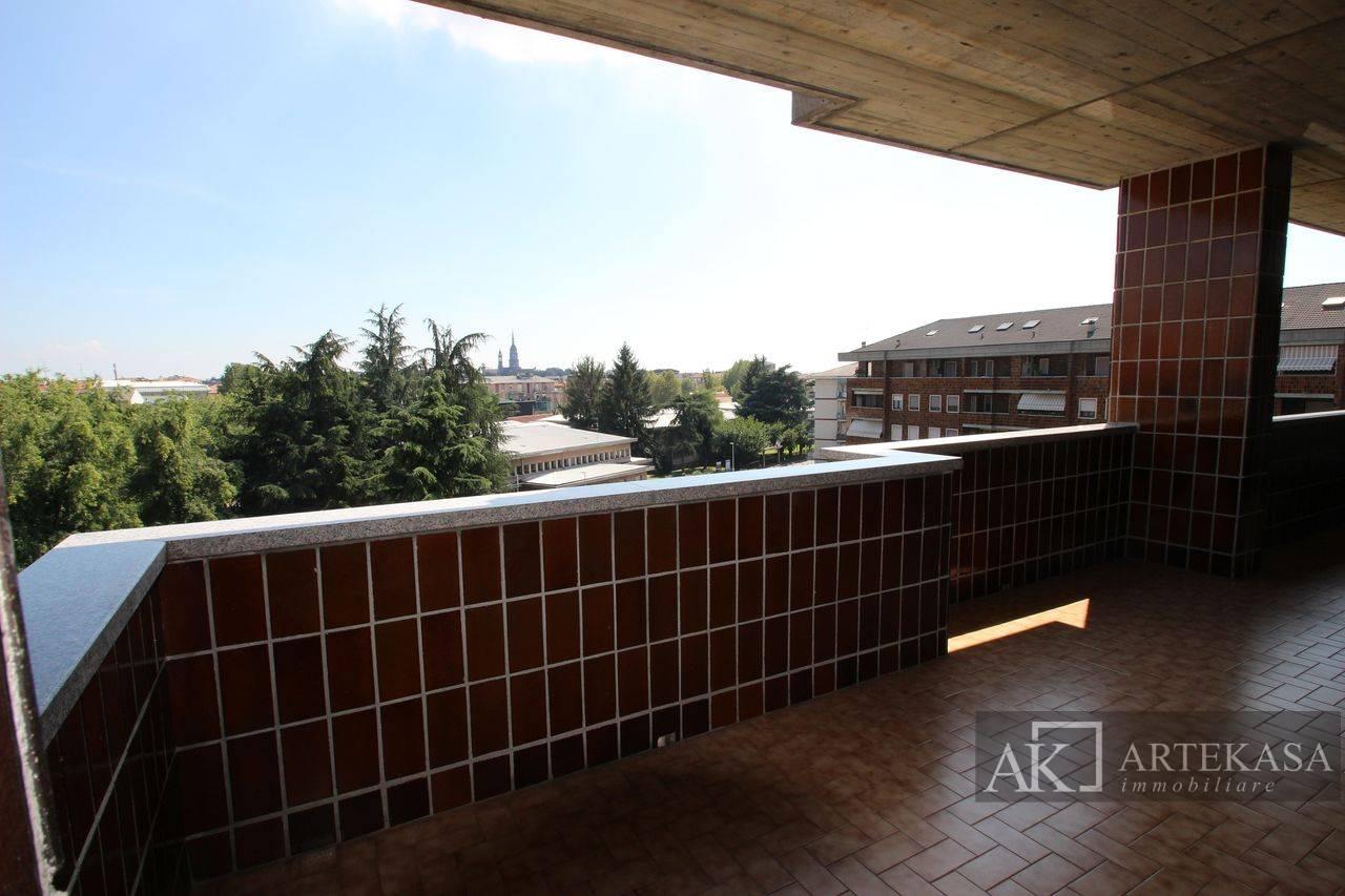Attico Novara - Sant'antonio - Vignale - Veveri