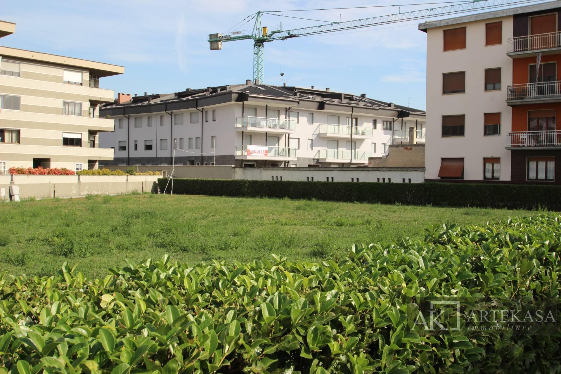 3 Locali Giardino Novara - San Martino