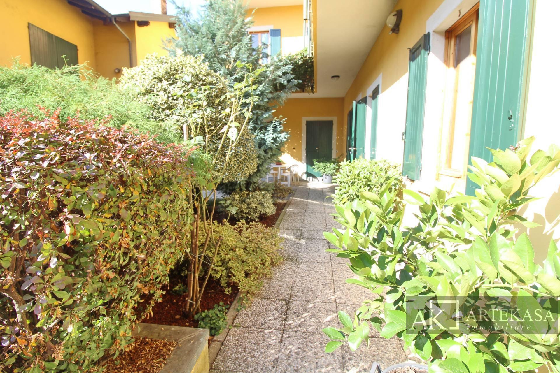 5 Locali Varallo Pombia