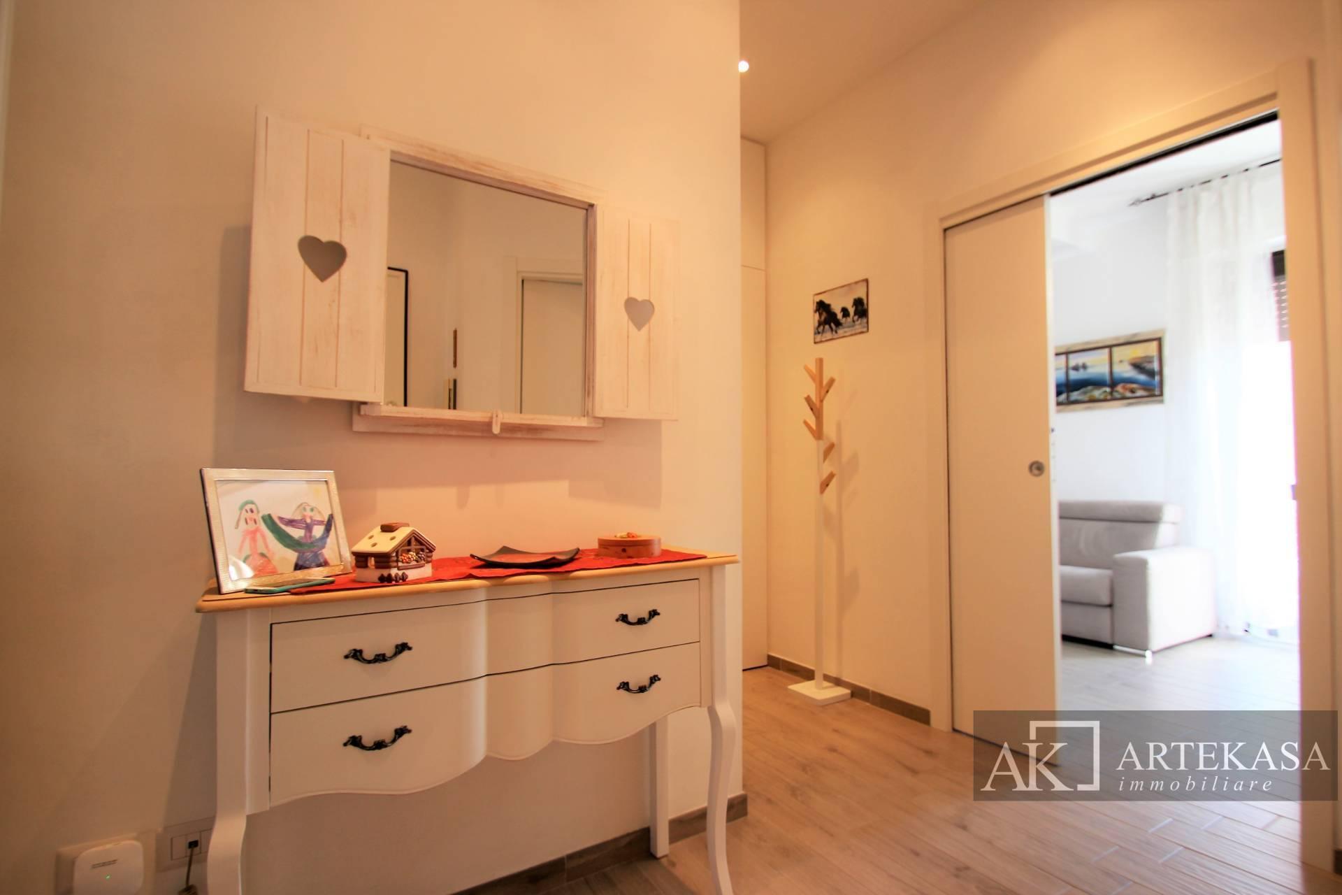 Appartamento, 74 Mq, Affitto - Novara (Novara)