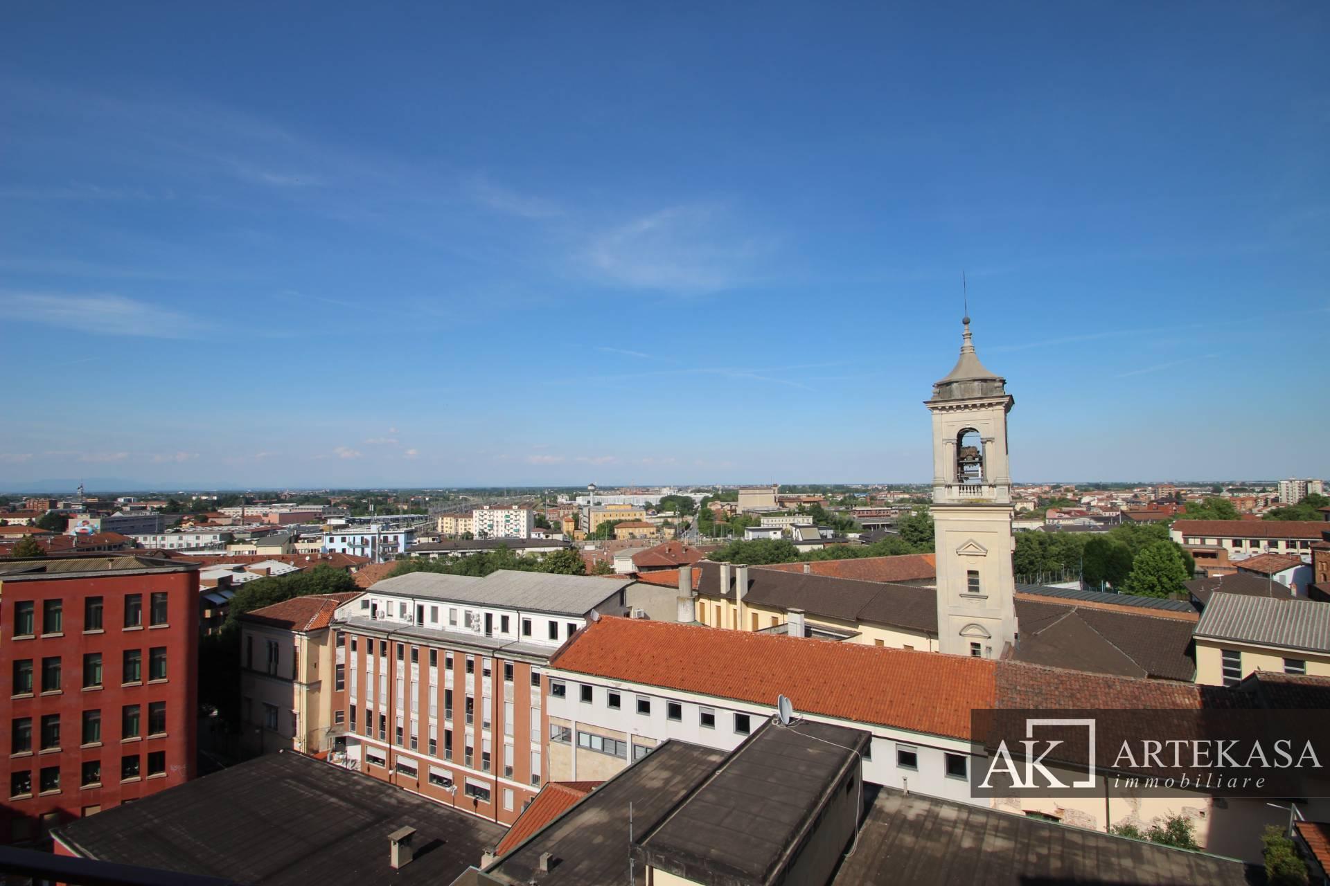 Attico Novara - Centro