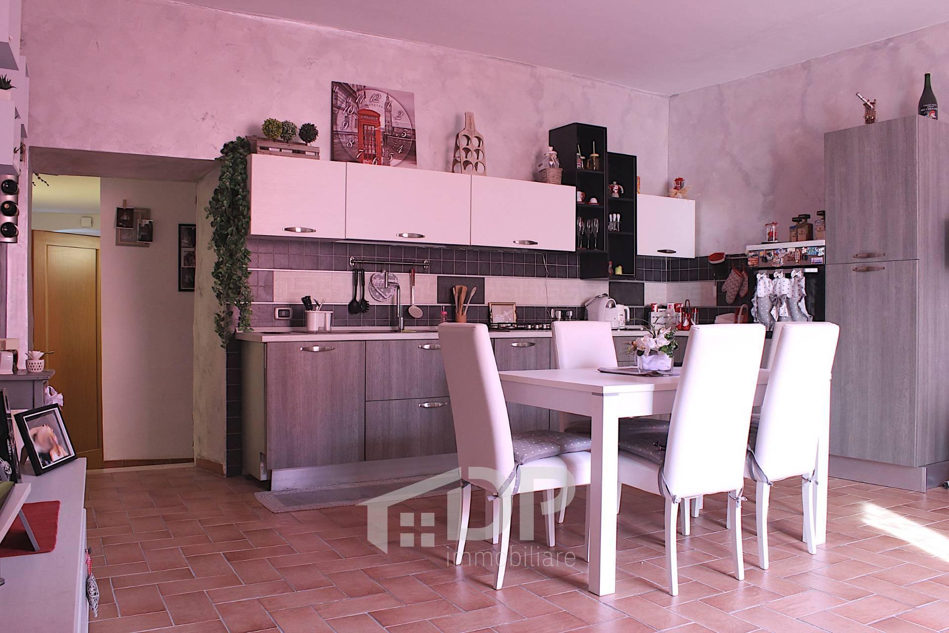 Appartamento in vendita a Palombara Sabina, 4 locali, zona Località: CentroStorico, prezzo € 99.000   PortaleAgenzieImmobiliari.it