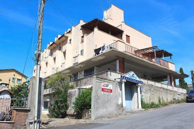 Locale commerciale in Vendita a Palombara Sabina