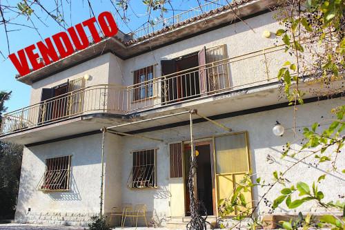Casa singola in Vendita a Palombara Sabina