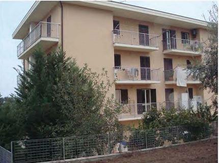 Appartamento in vendita a Monsampolo del Tronto, 5 locali, zona ampolo, prezzo € 136.000 | PortaleAgenzieImmobiliari.it