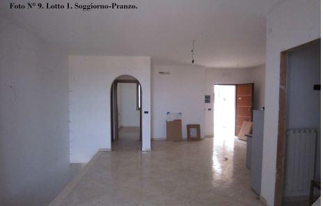 Appartamento in vendita a Colonnella, 6 locali, prezzo € 57.375 | PortaleAgenzieImmobiliari.it