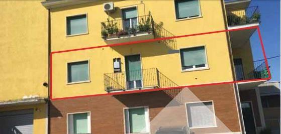 Appartamento in vendita a Controguerra, 4 locali, prezzo € 21.750 | PortaleAgenzieImmobiliari.it