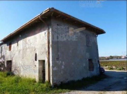 Rudere con Terreno a Santarcangelo di Romagna Via Soardi