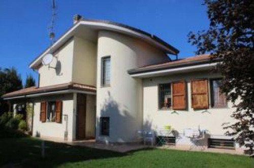 Villa a Forlì via Bargossi