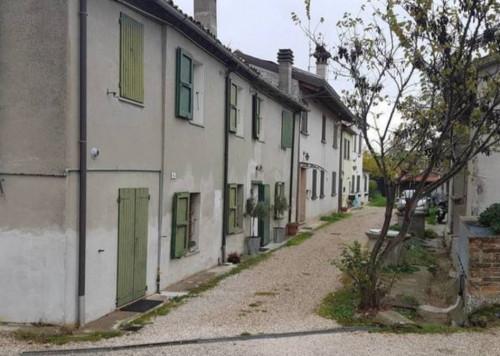 casa affiancata a Ravenna Via Erbosa