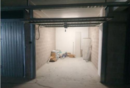Box o garage a San Benedetto del Tronto Via Umbria