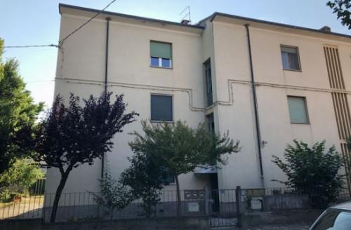 Appartamento + Garage/Magazzino a Cesena via Dante Alighieri