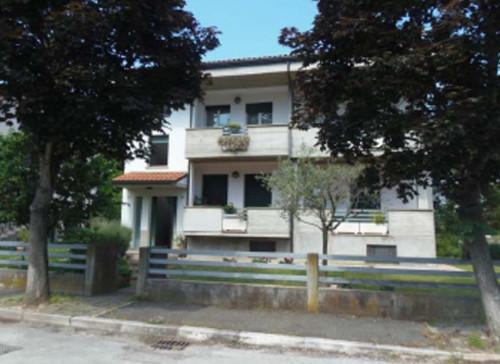 Appartamento + Garage/Magazzino a Cesena via Mario Amato
