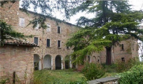 Intero Fabbricato a Cesena Via Castello Di Carpineta