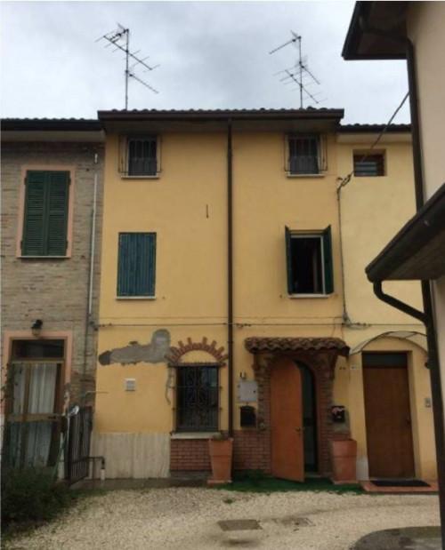 Appartamento + Garage/Magazzino a Ravenna Via Piangipane