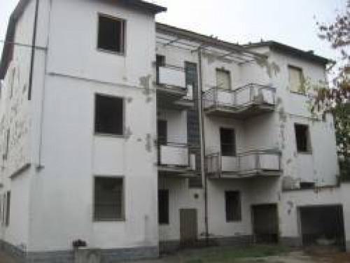 Intero Fabbricato a Forlì Via Decio Raggi