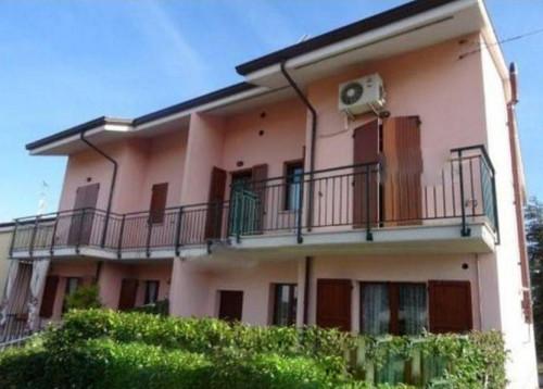 Appartamento + Garage/Magazzino a Montescudo-Monte Colombo Via delle Querce