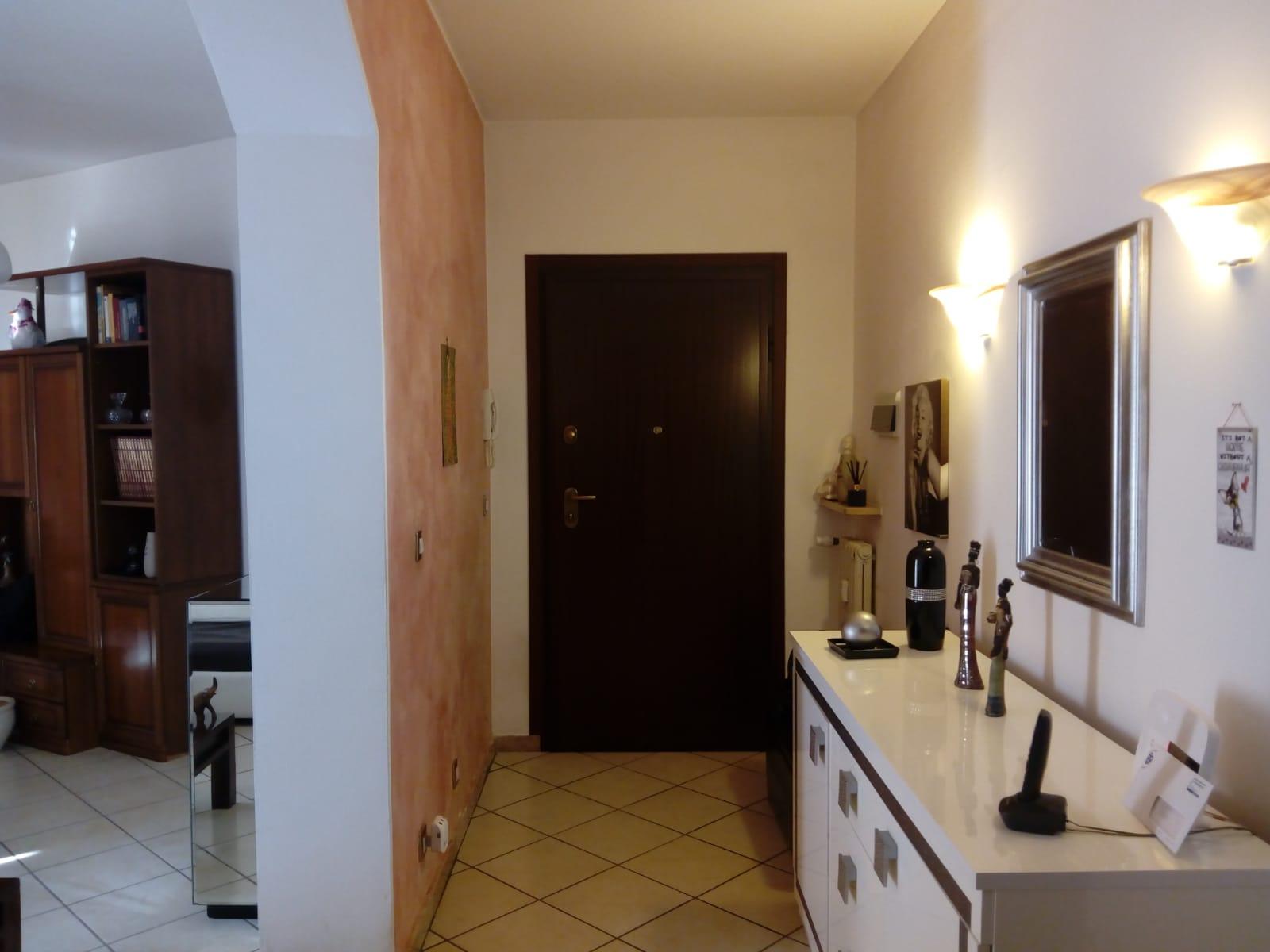 novara vendita quart: p. mortara - s. paolo costruzioni novaresi agenzia immobiliare