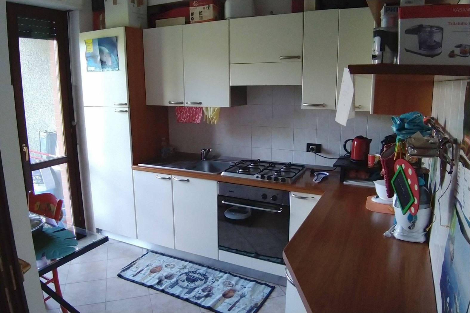 Appartamento in affitto a Novara, 2 locali, zona Zona: Centro, prezzo € 360 | CambioCasa.it