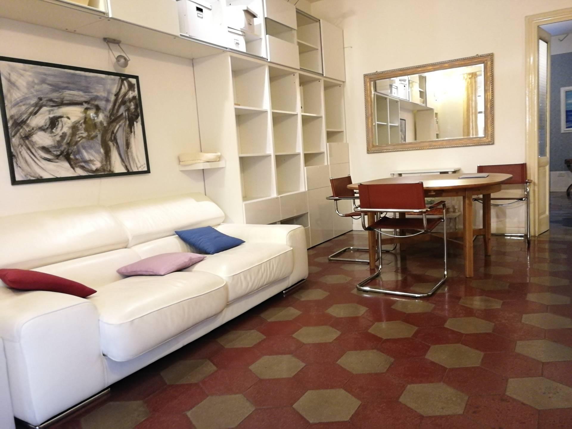 Appartamento in affitto a Novara, 2 locali, zona Zona: Centro, prezzo € 520 | CambioCasa.it