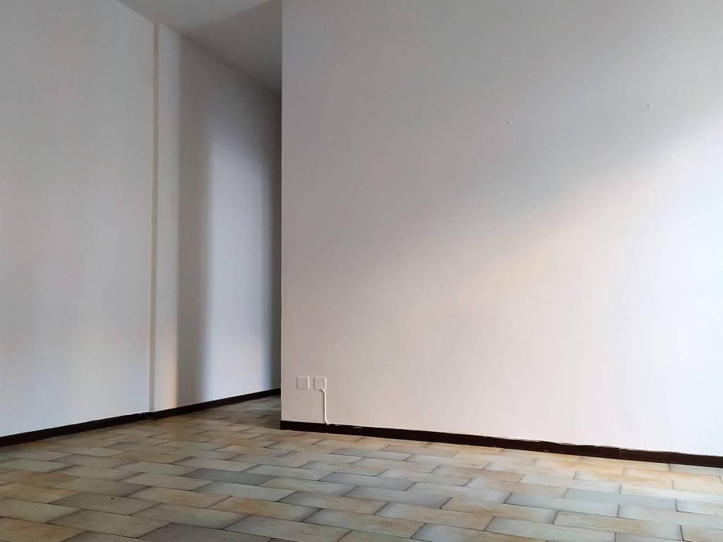 Appartamento in affitto a Novara, 2 locali, zona Zona: Centro, prezzo € 480 | CambioCasa.it