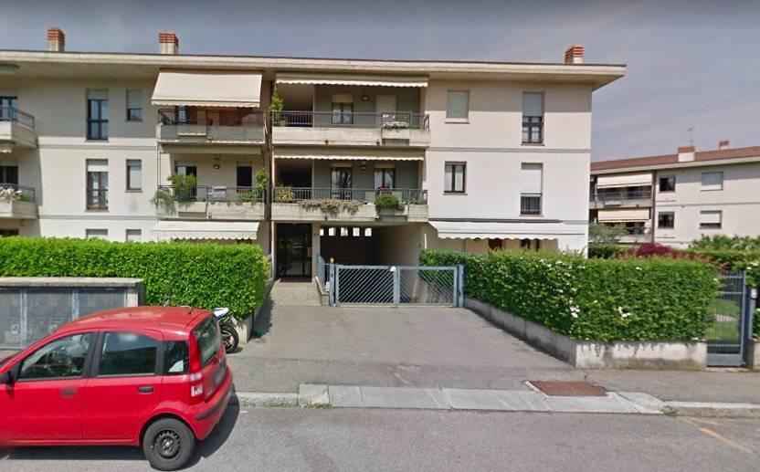 Foto - Garage In Vendita Bergamo (bg)