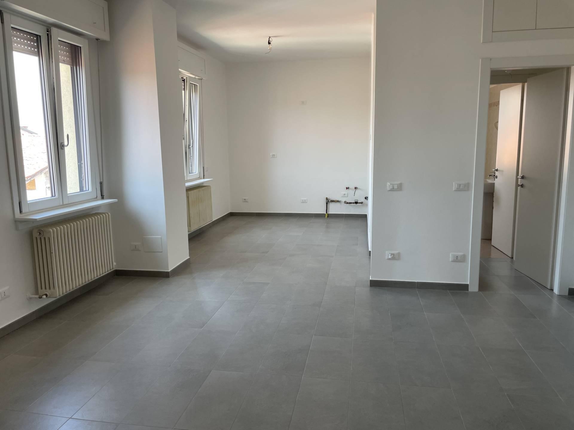 Appartamento in affitto a Curno, 2 locali, prezzo € 450 | CambioCasa.it