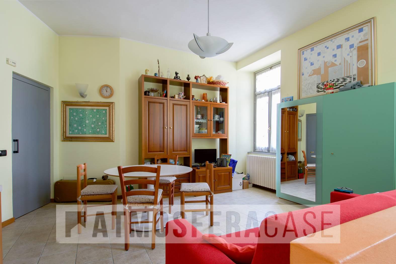 Appartamento in vendita a Ranica, 3 locali, prezzo € 99.000   CambioCasa.it