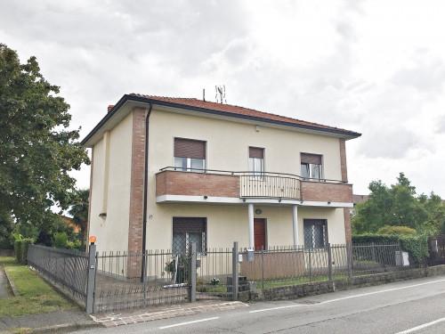 Casa singola in Vendita a Roncello