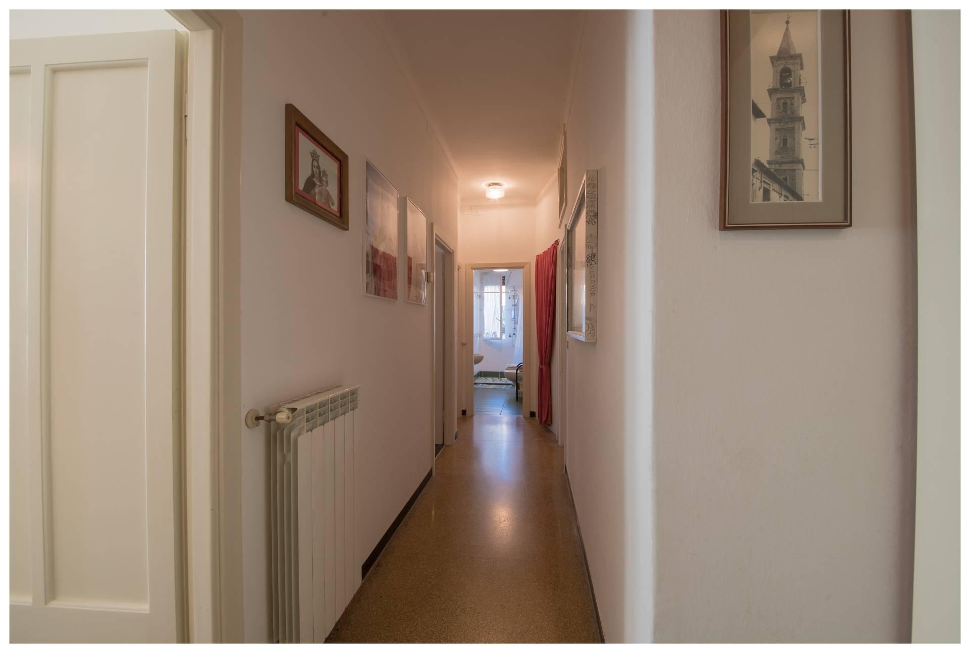Appartamento in affitto a Varazze, 3 locali, zona Località: Varazze, prezzo € 700 | PortaleAgenzieImmobiliari.it