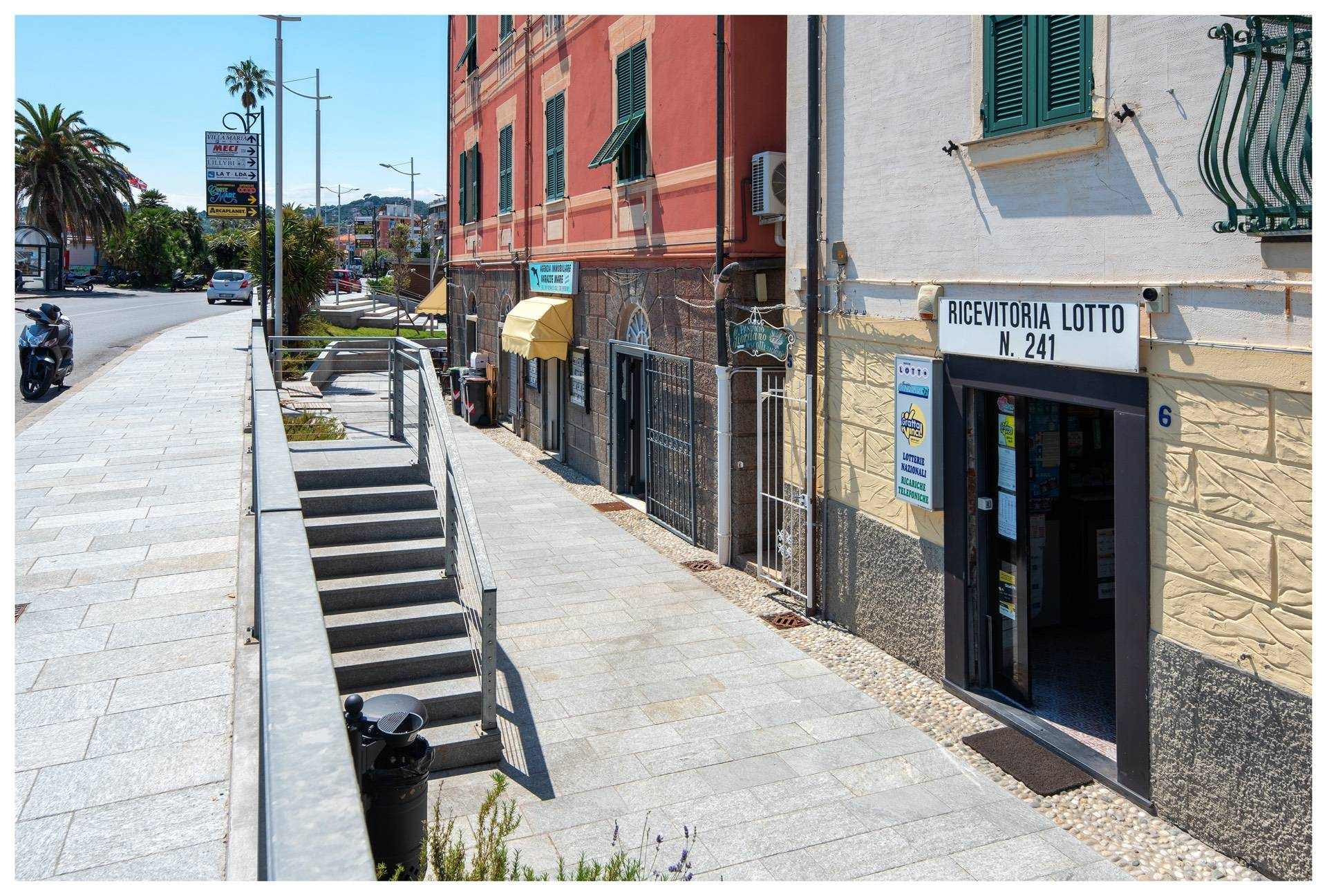 Negozio / Locale in affitto a Varazze, 9999 locali, zona Località: Varazze, prezzo € 750 | PortaleAgenzieImmobiliari.it