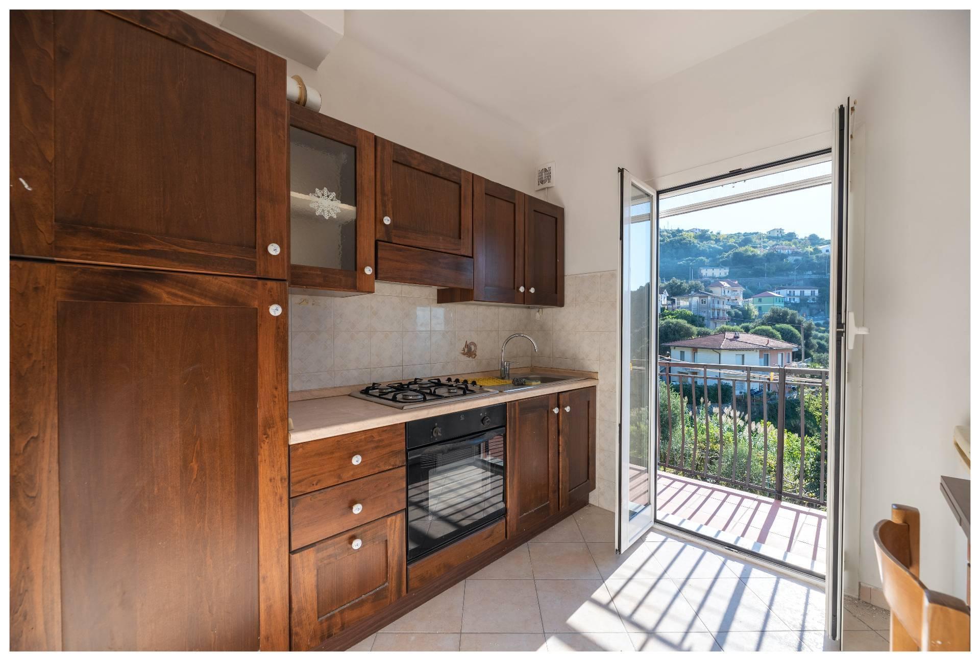 Appartamento in affitto a Varazze, 4 locali, zona nova, prezzo € 650 | PortaleAgenzieImmobiliari.it