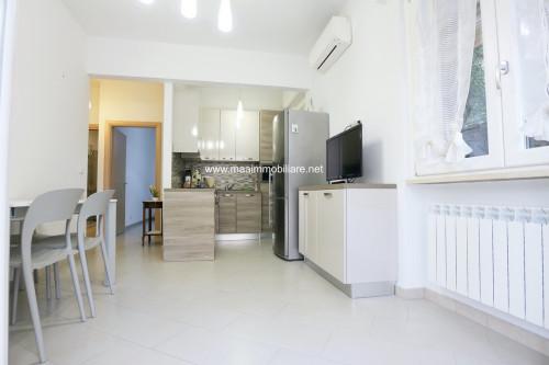 Appartamento in Vendita a Celle Ligure