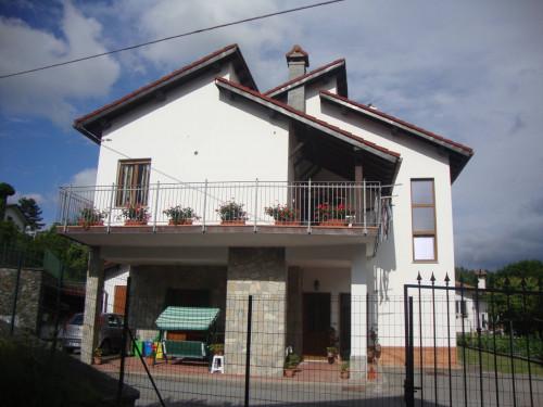 Villetta Bi-trifamiliare in Vendita a Sassello