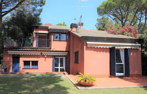 Villa in Affitto a Varazze