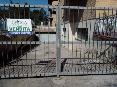 Box o garage in Vendita a Guidonia Montecelio