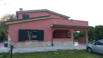 Villa in Affitto a Palombara Sabina