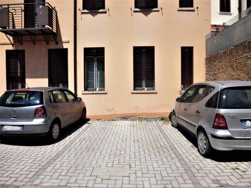 Posto auto scoperto in Affitto a Ferrara